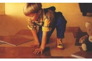 ПВХ плитка – укладка материала и его свойства